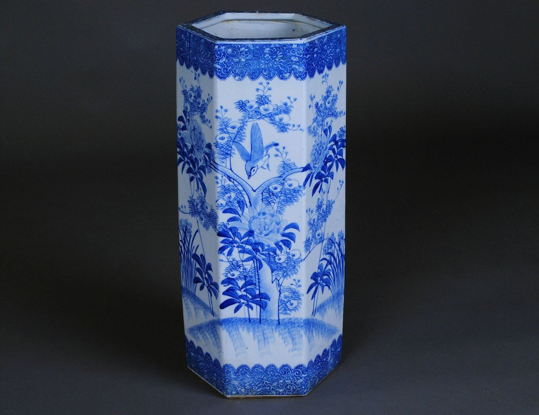 322: BLUE AND WHITE PORCELAIN UMBRELLA STAND