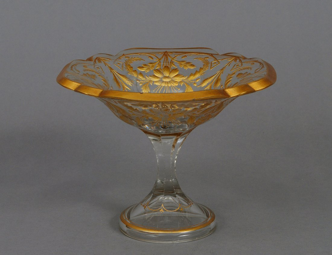 371: GOOD CUT AND GILT GLASS COMPOTE