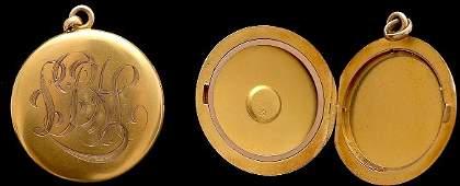 35Antique Gold Locket