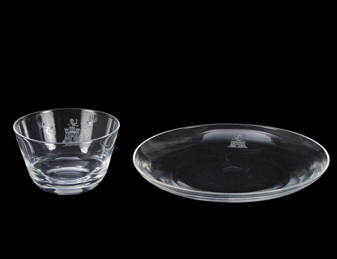 12: SET OF FIVE STEUBEN CRYSTAL BOWLS AND PLATES