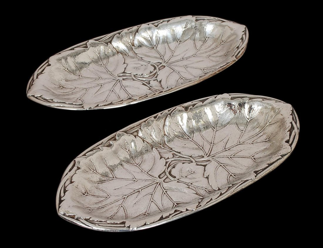 9: PAIR OF STERLING SILVER LEAF DISHES