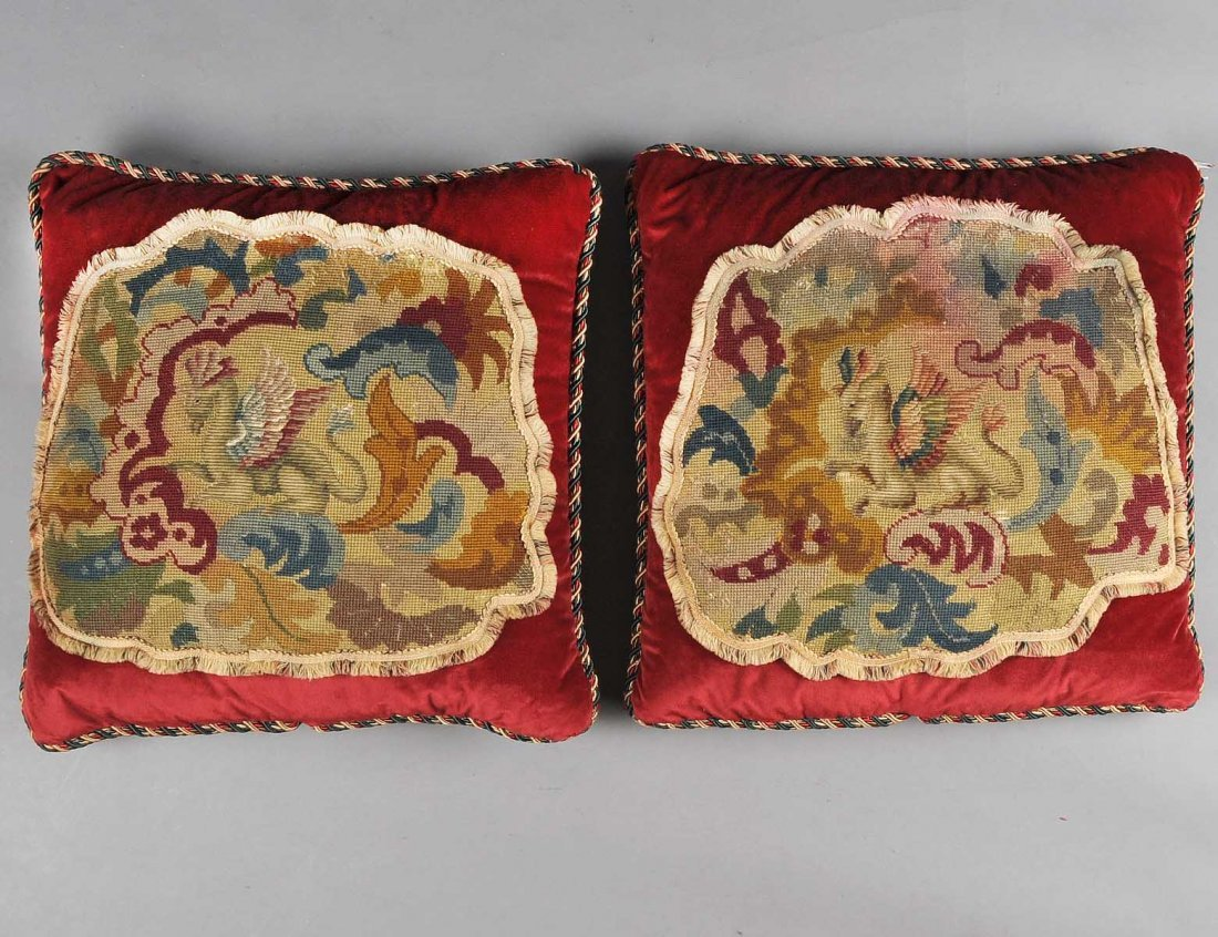 PAIR OF VELVET AND NEEDLEPOINT DECORATIVE PILLOWS