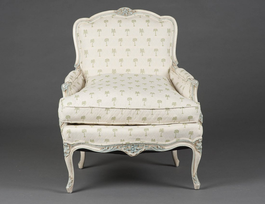 LOUIS XV STYLE PAINTED BERGERE