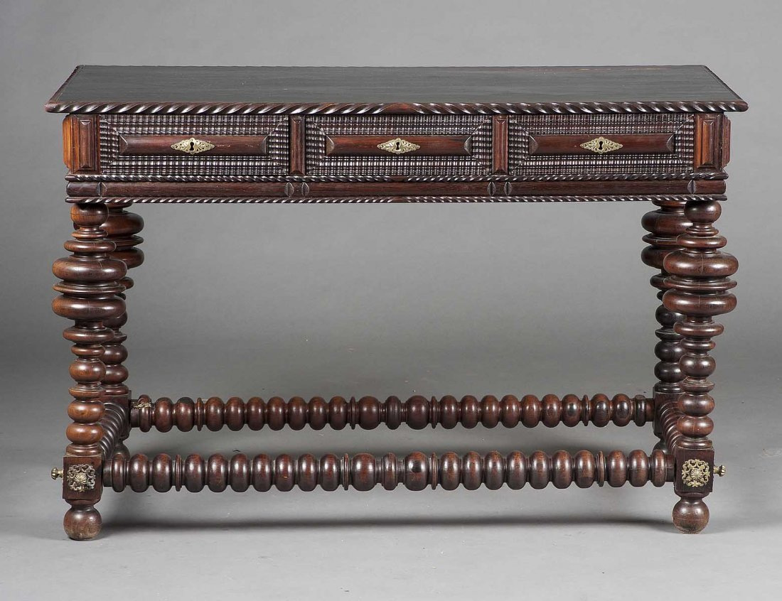 ANGLO-PORTUGUESE CARVED OAK CENTER TABLE