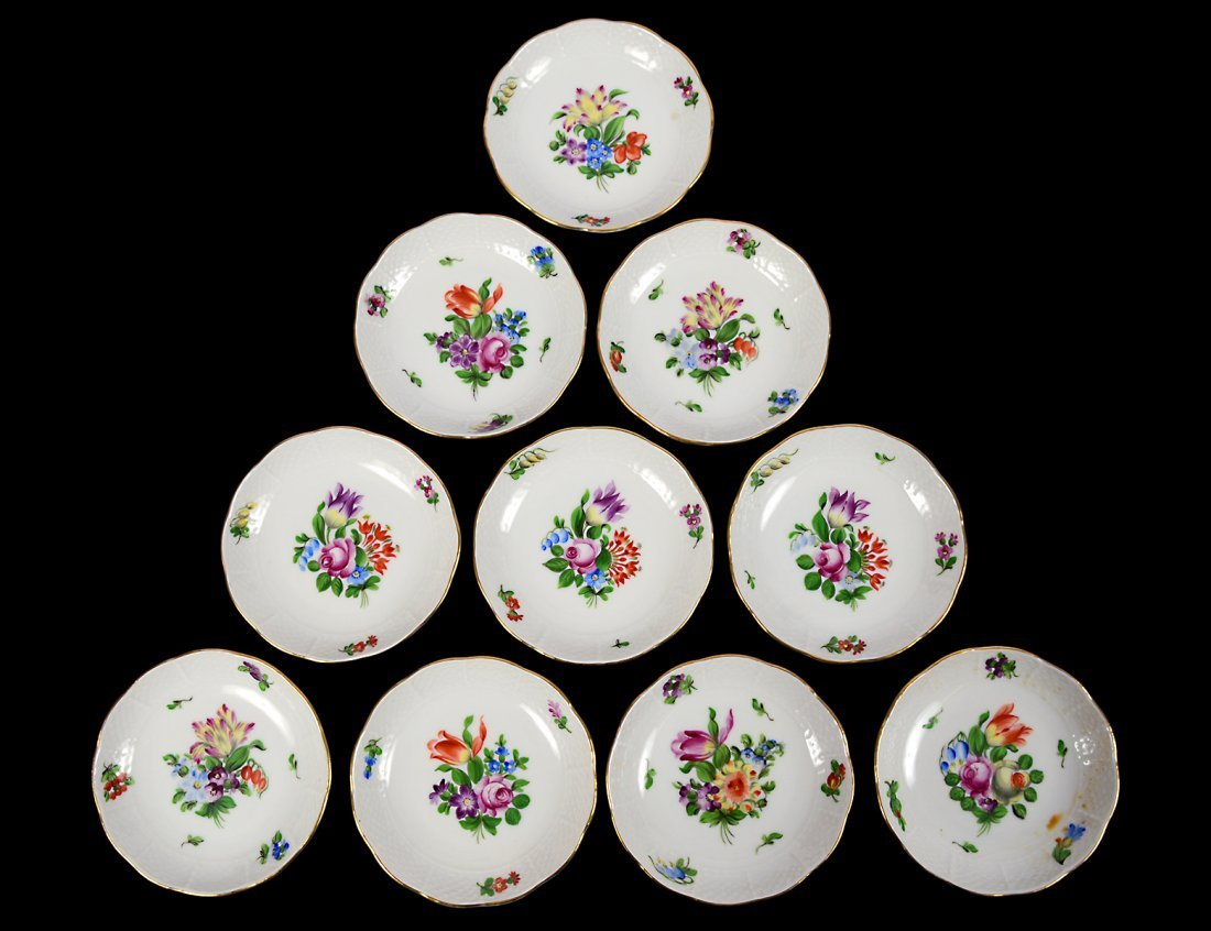 SET OF TEN HEREND PORCELAIN BUTTER PATS