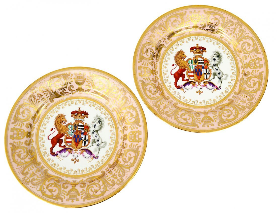 """IMPORTANT PAIR OF WORCESTER """"STOWE SERVICE"""" PLATES"""
