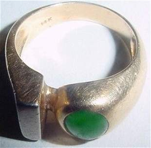 14 Kt Gold and Jade Ring