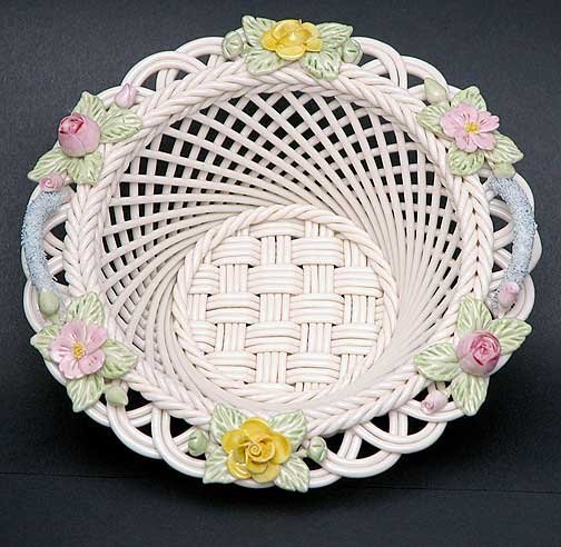 11: Limited Edition Belleek Rose of Tralee Basket #292/