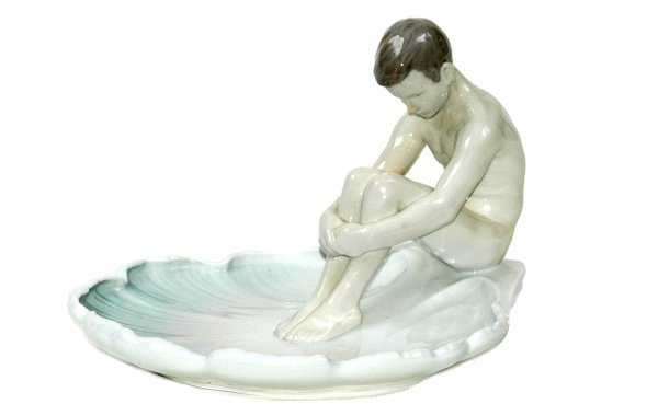419: Bing Grondahl Pottery dish with Nude male Figure