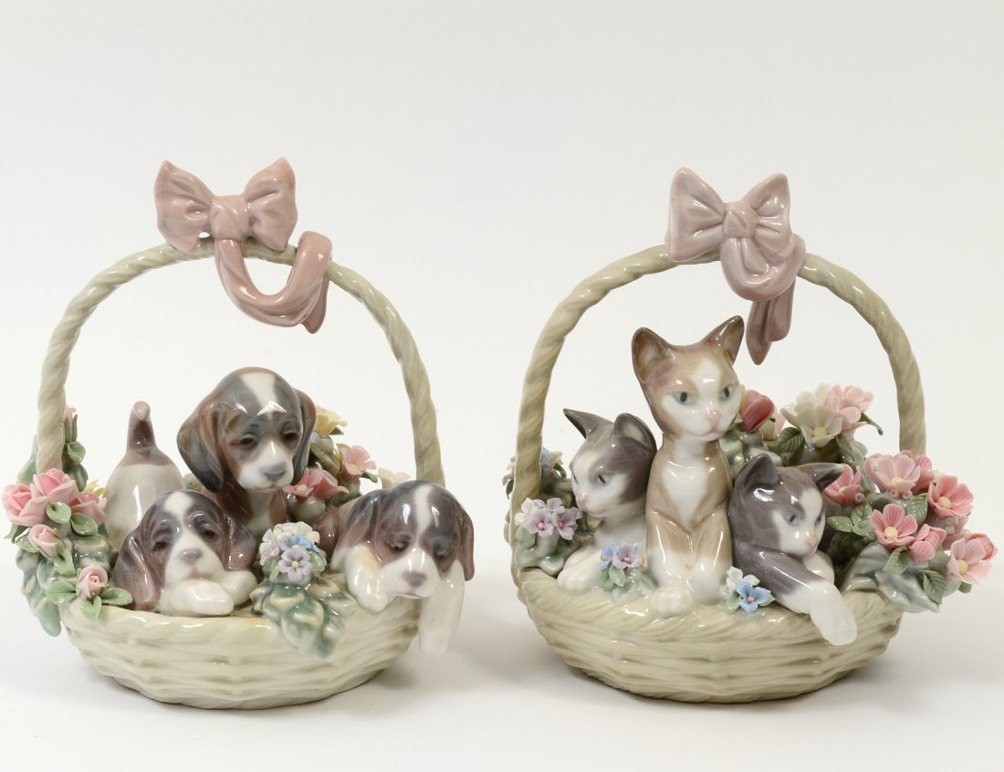 PAIR OF LLADRO PORCELAIN GROUPS