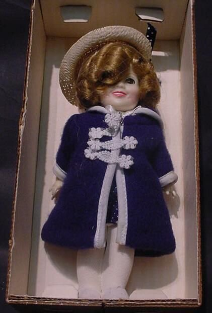 """3024: Shirley Temple """"Poor Little Rich Girl"""" Doll Ideal"""