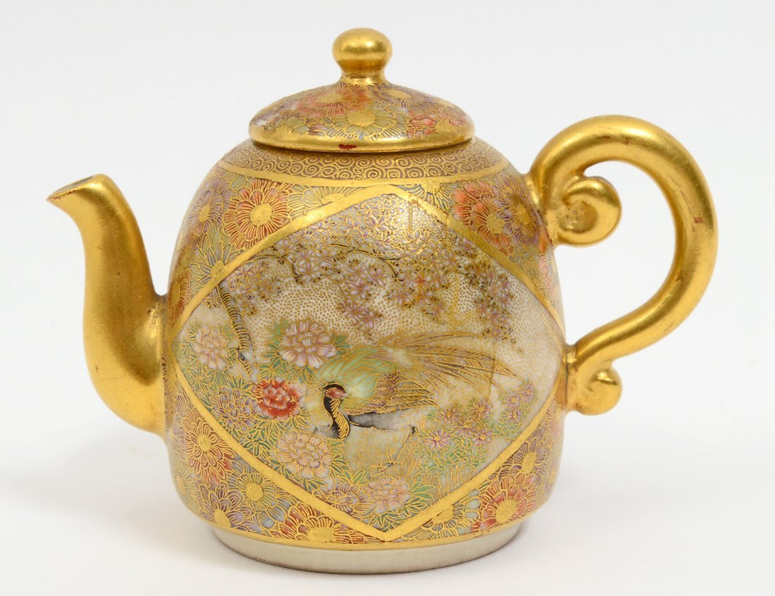 MINIATURE SATSUMA POTTERY TEA POT