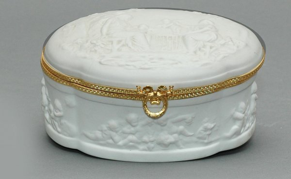 3: Limoges 20th C Porcelain Hinged Oval Box