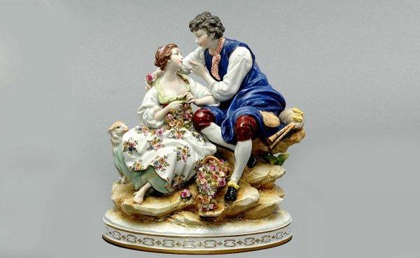 9: Capodimonte Porcelain Glazed Courting Couple Group