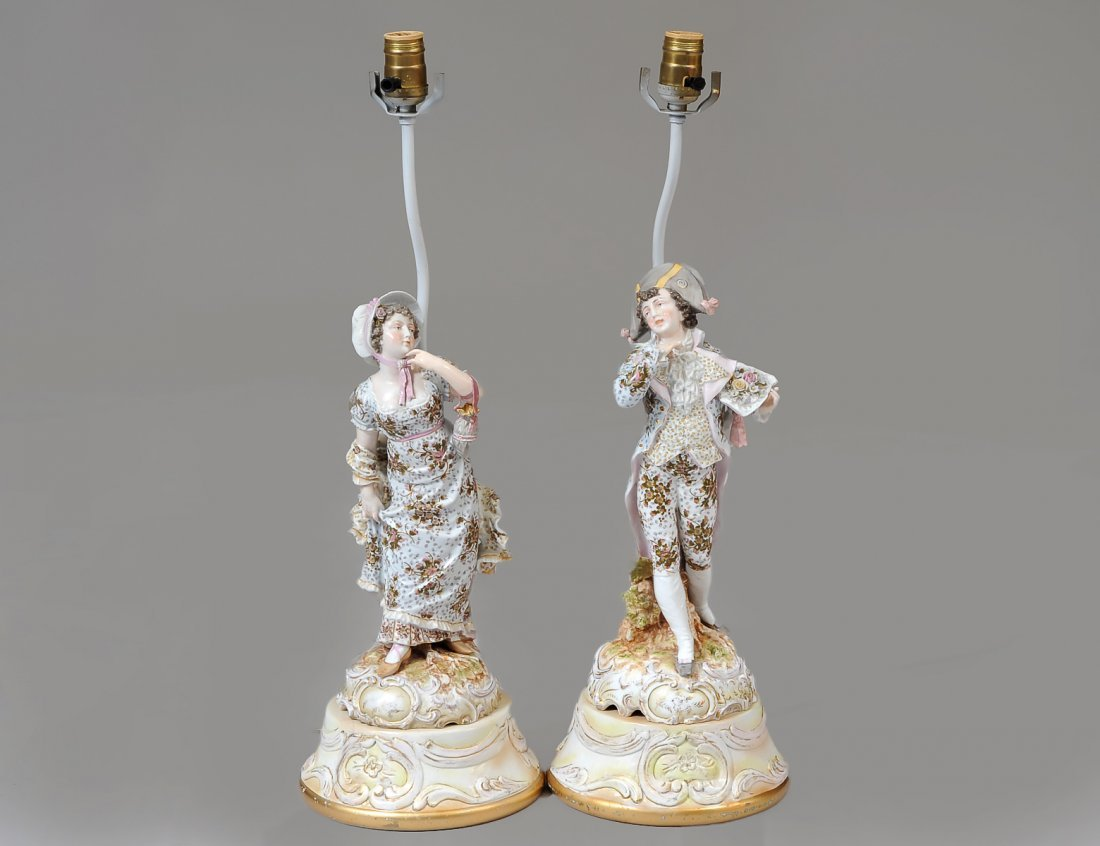 PAIR OF PORCELAIN COURTING FIGURES