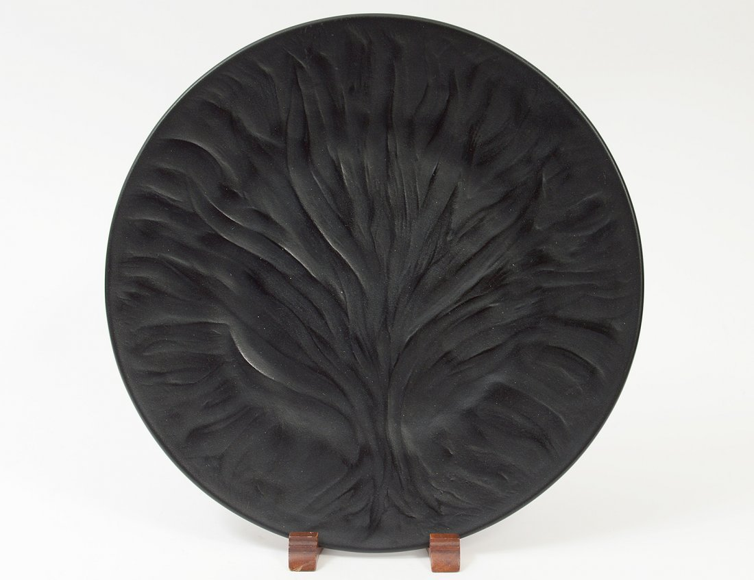 """LALIQUE MOLDED CRYSTAL """"ALGUES"""" PLATE"""