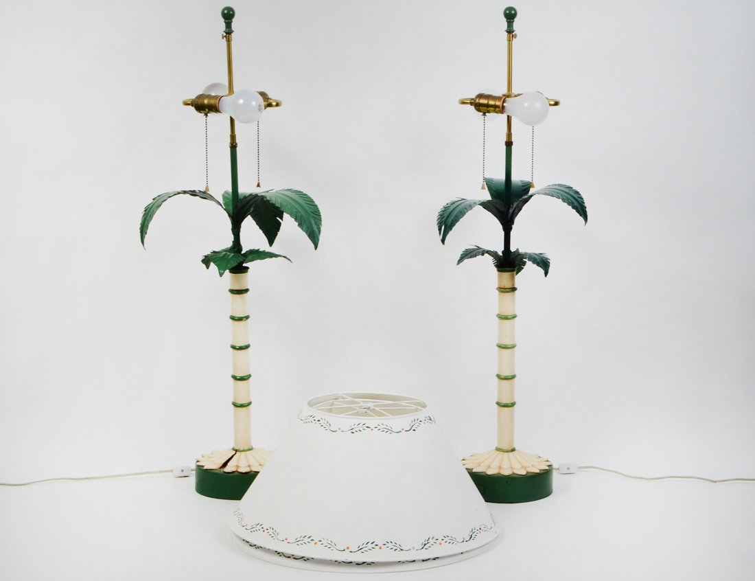 PAIR OF TOLE PAINTED CONTEMPORARY LAMPS