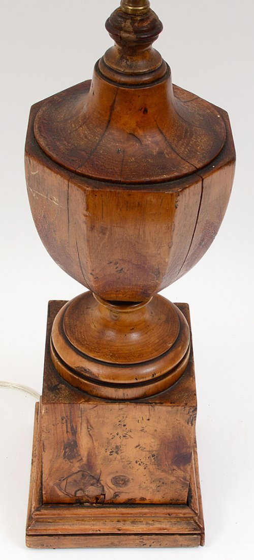 FEDERAL STYLE WOOD LAMP - 3