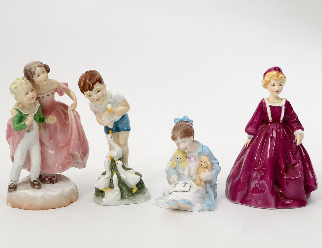 GROUP OF FOUR ROYAL WORCESTER FIGURES