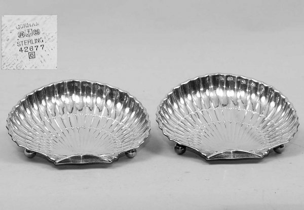 13: Pr Gorham Sterling Footed Clam Shell Candy Trays