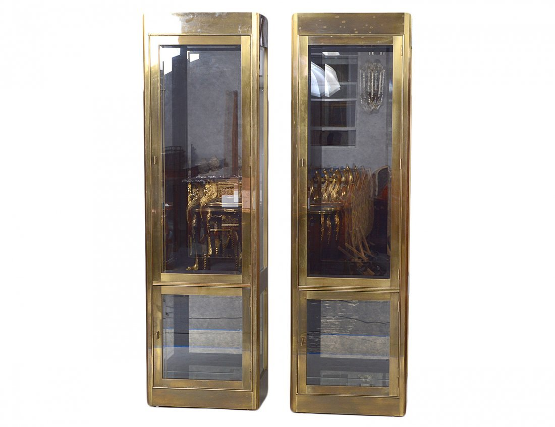 PAIR OF MASTERCRAFT BRASS VITRINE CABINETS