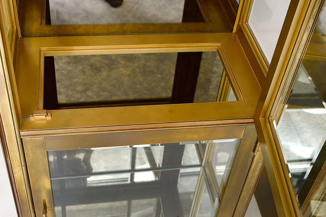 PAIR OF MASTERCRAFT BRASS VITRINE CABINETS - 2