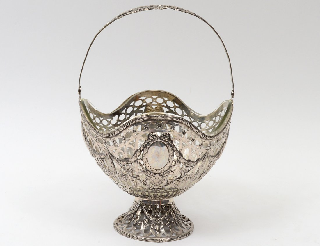 CONTINENTAL SILVER PLATED BASKET