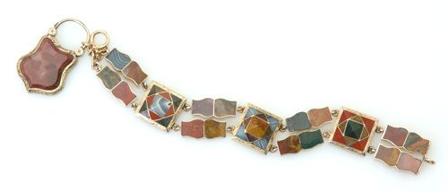 """8: Victorian gold and agate link """"pebble"""" bracelet with"""