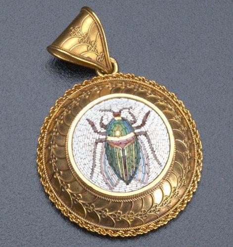 11: Gold Roman micro-mosaic pendant in the Archaeologic