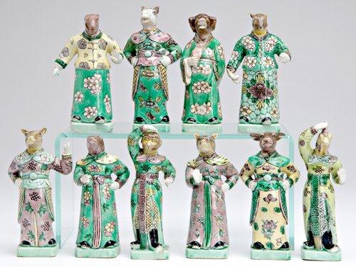 1017: CHINESE PORCELAIN Ten figures