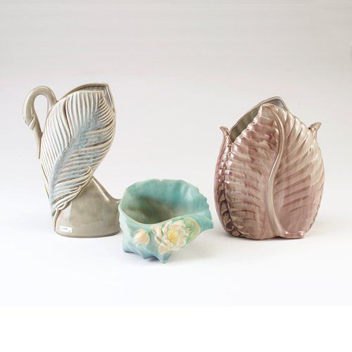 661: Three American Art pottery pieces: Stangl leaf vas