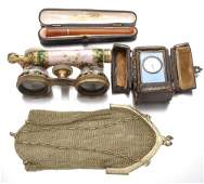 355: Accessories for a lady, early 20th c.: polychrome