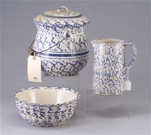 Three blue and white spongeware - chamber