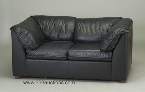510: Love-seat by Kenyon unholstered in black