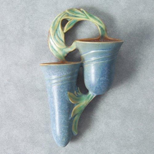 1006: ROSEVILLE blue Velmoss wall pocket