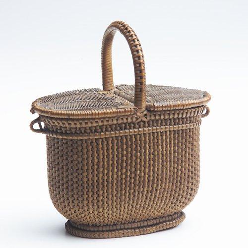 6: Shaker miniature splint picinic hamper or purse of o