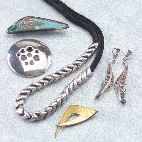 619: Studio jewelry, six pieces: Antonio Pineda Serpent