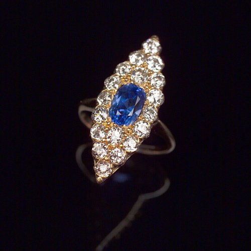 16: VICTORIAN Sapphire and diamond navette ring in 18k