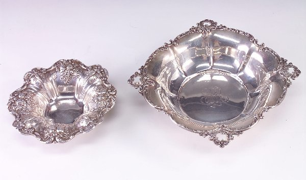 388: Large sterling bowl with berry and leaf pattern an