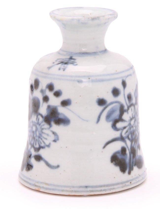 Bell Shaped Chinese Porcelain Specimen Vase