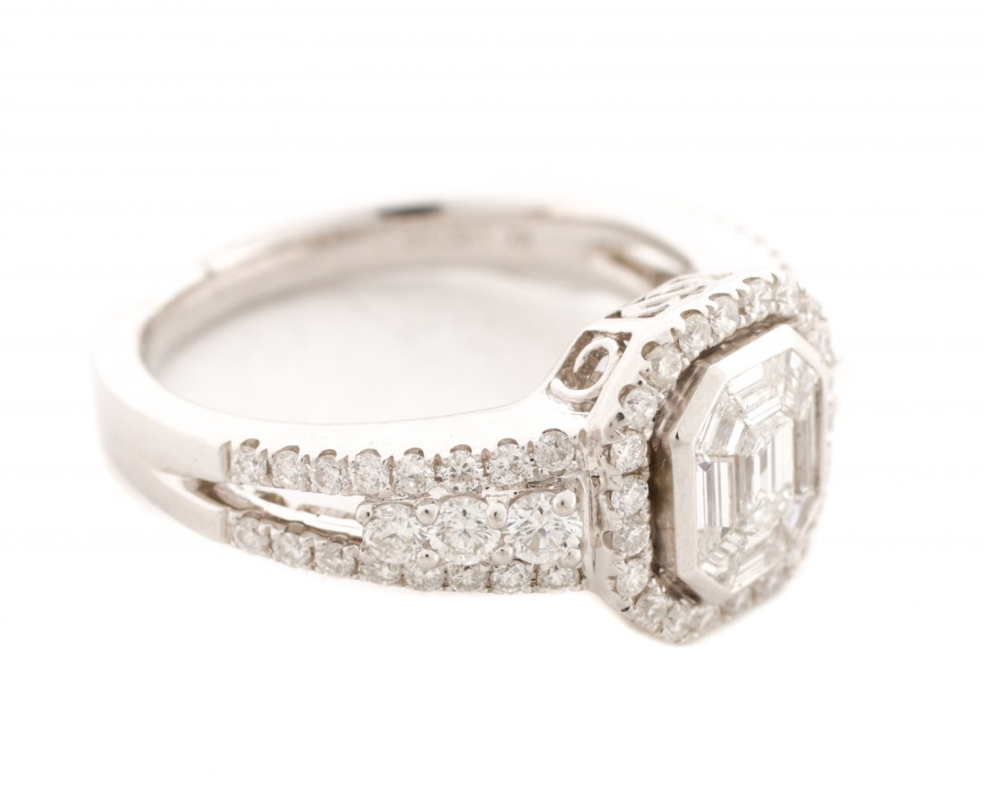 18K White Gold Asscher Cut Diamond Ring - 2