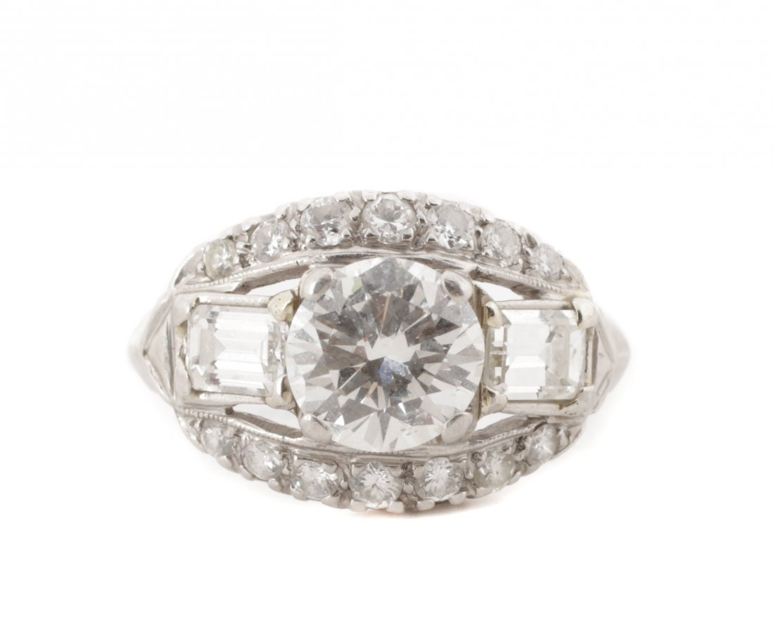 Ladies 1930's Platinum & Diamond Ring