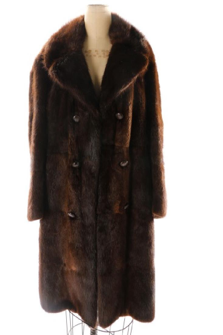 Gentlemen's 3/4 Length Mahogany Mink Coat