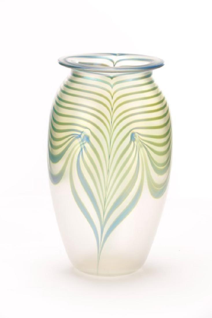 "Robert Eickholt 8"" Pulled Feather Glass Vase - 10"