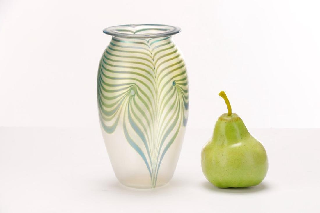 "Robert Eickholt 8"" Pulled Feather Glass Vase - 2"