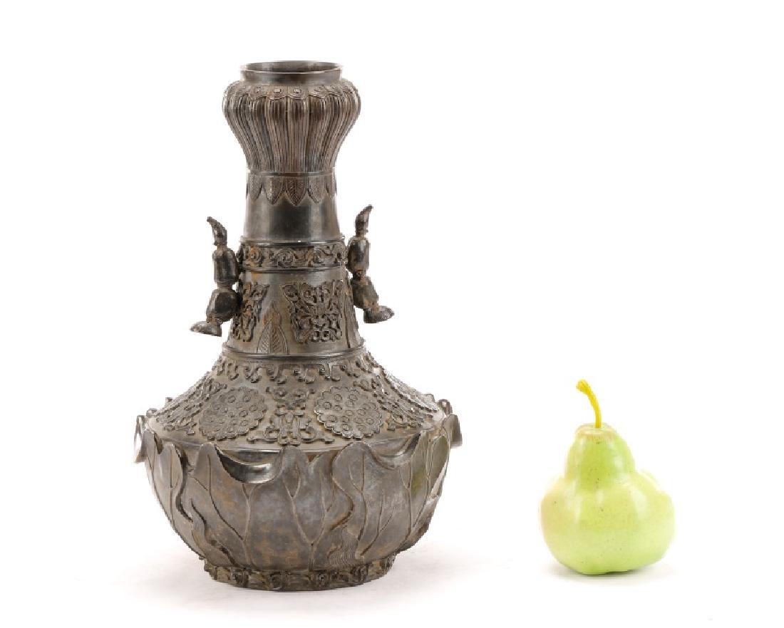 Chinese Lotus Leaf Bronze Vase, Qianlong Mark - 10