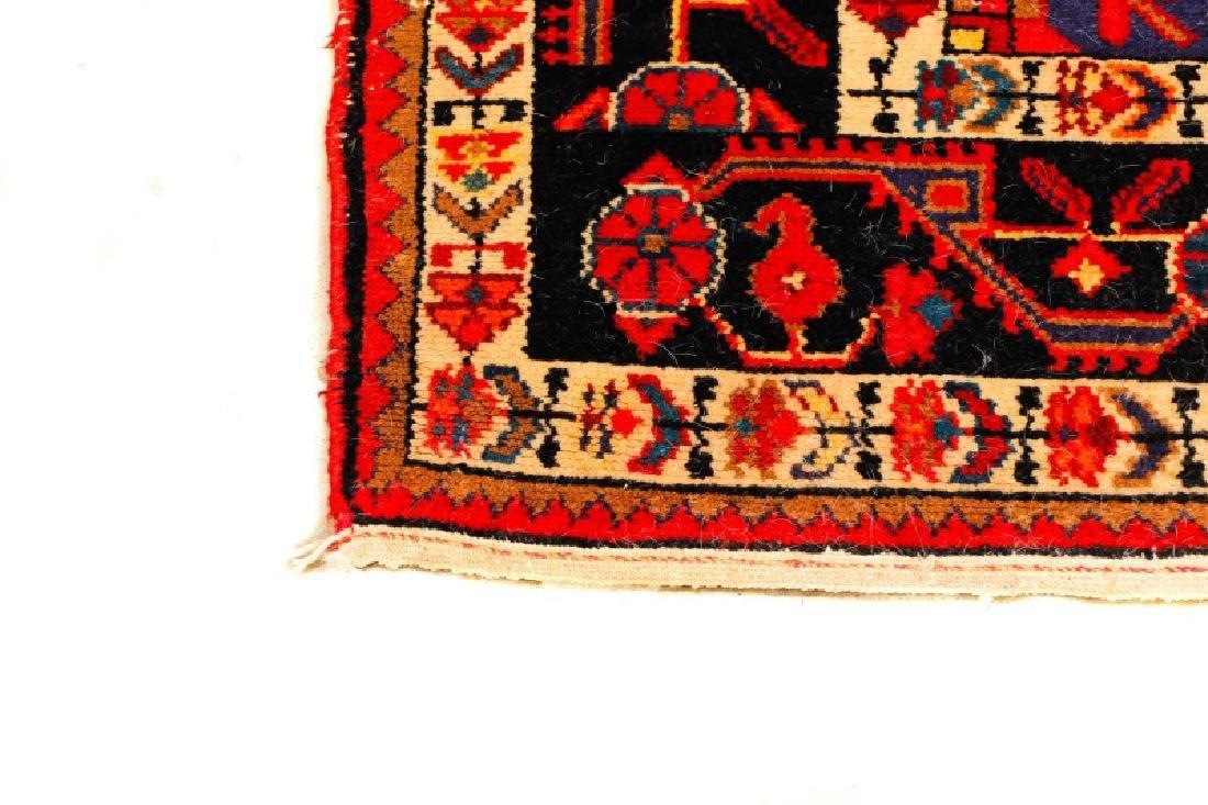 "Hand Woven Persian Hamadan Rug - 5' 4"" x 10' 4"" - 3"