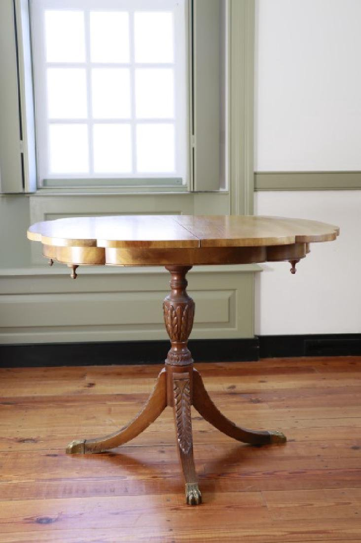 American Federal Style Pedestal Table