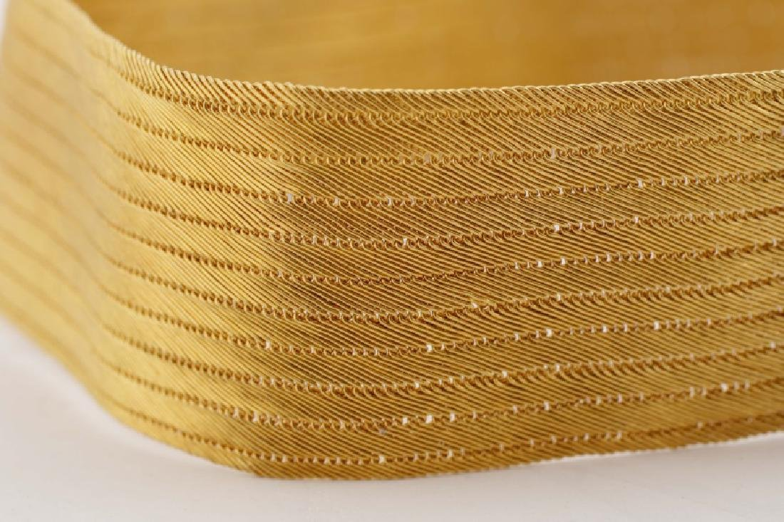 Woven 22k Yellow Choker w/ Engraved Floral Clasp - 2