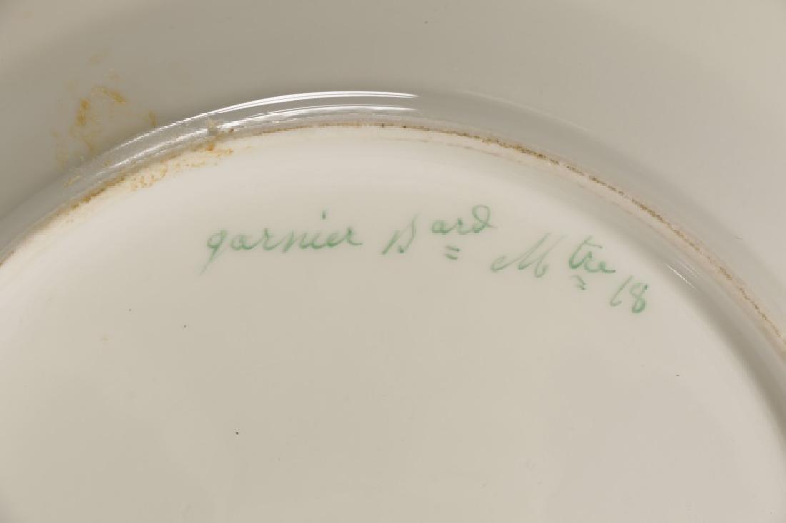 31 Monogrammed Green & Gilt Porcelain Plates - 7